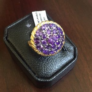 Jewelry - Beautiful Amethyst stainless right
